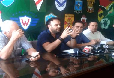 Presidentes de clubes cruceños alistan la creación de una superliga. Foto:internet