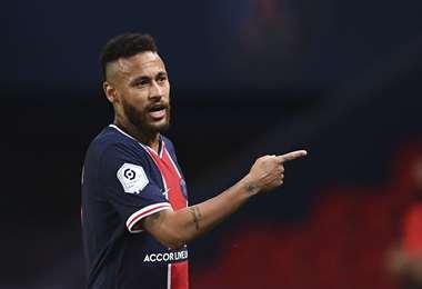 Neymar fue expsuldado en el partido contra Marsella. Foto: AFP