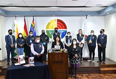 La Defensoría del Pueblo presentó el documento en la Paz.