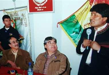 Morales y a su lado Cortez (Pdte. de la ATF), en 2008, cuando se hizo entrega del