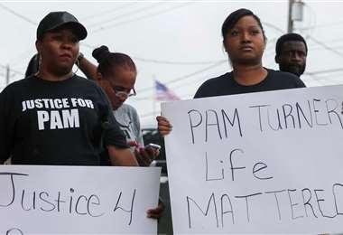 Protestas por la muerte de la mujer. Foto Internet