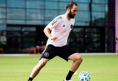 Higuaín se entrena en el club que compite en le MLS. @InterMiamiCF