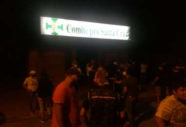 Los unionistas dijeron que mantendrán una vigilia / Foto: Álvaro Rosales