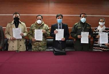 El convenio firmado por el TSE, la Policía y las FFAA.