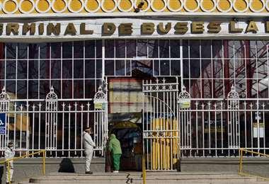 Frontis de la Terminal de Buses de La Paz. Foto: APGNoticias