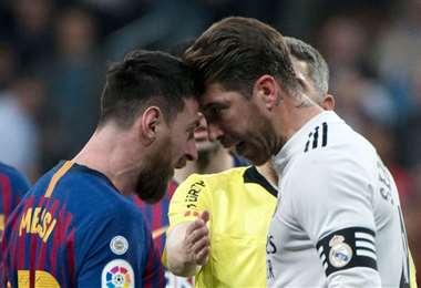 Messi y Ramos en uno de los tantos duelos en el clásico del fútbol español. Foto: internet