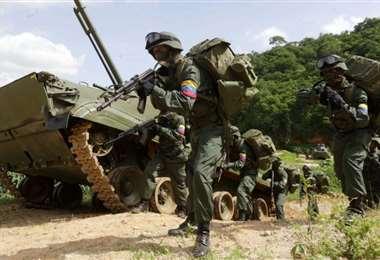 Militares venezolanos realizando ejercicios en la frontera con Colombia. Foto Internet