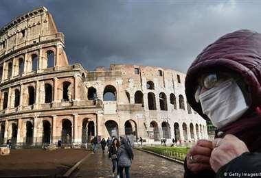 Italianos votan en referéndum