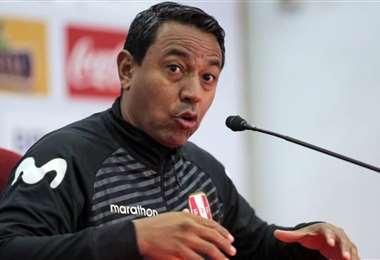 Solano fue un gran futbolista y ahora es asistente técnico en la selección peruana