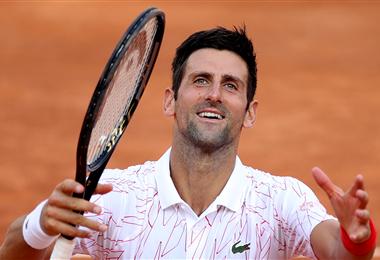 Djokovic celebra su sufrido triunfo. Foto: AFP