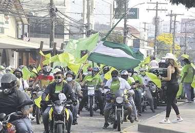 Juntos hizo campaña en las calles de la ciudad de Santa Cruz antes de la renuncia de Añez