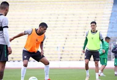 Los jugadores de la selección, en pleno entrenamiento. Foto: prensa FBF