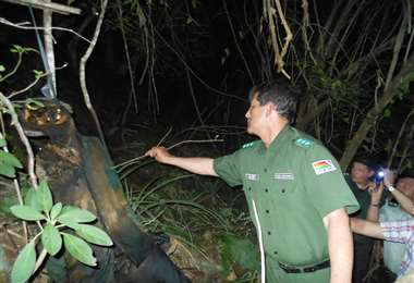 Momentos en que la Policía encontró el supuesto cadáver de Clavijo.