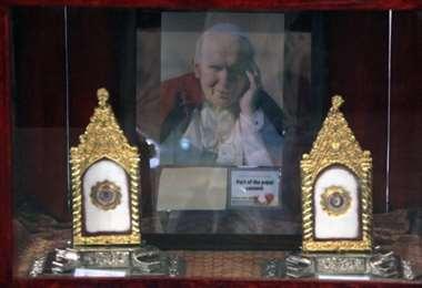 Una ampolla con gotas de sangre del pontífice polaco fue robada de una iglesia de Spoleto