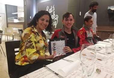 Bulacia y la cónsul de Bolivia en Milán, Rosita Carmina Ruiz. Foto: Marlene Peña