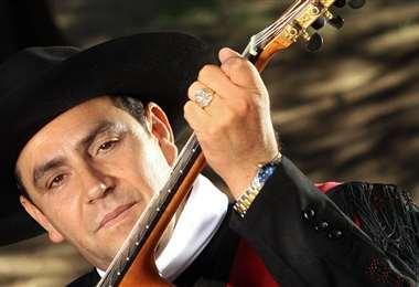 El músico se encuentra internado en un hospital de Salta afectado por Covid-19