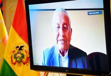 El ministro de Educación quedó malparado con su Tuit /Foto: ABI
