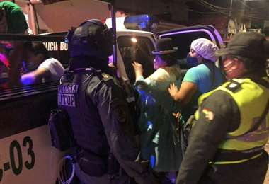 La Policía detuvo a varias personas