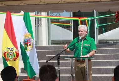 Ruben Costas en la inauguración Inauguración de edificio de Amdecruz. Foto: Gobernación