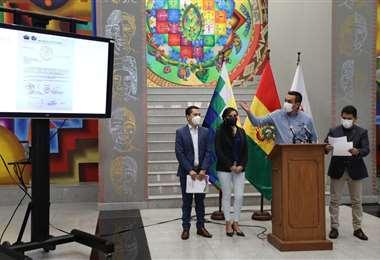 Gobierno anunció procesos por usar recursos públicos para comprar medios/Foto:ABI