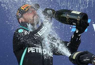 La celebración de Bottas tras su victoria en el GP de Rusia. Foto: AFP