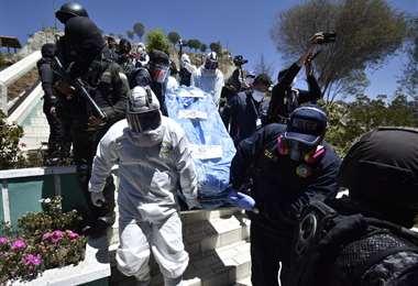 Exhumación de los restos de Jorge Clavijo. Foto: APG Noticias