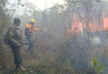En Postrervalle el fuego afecta a áreas protegidas. Foto referencial: redes sociales