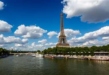 La torre Eiffel en París es el lugar preferido por los turistas internacionales