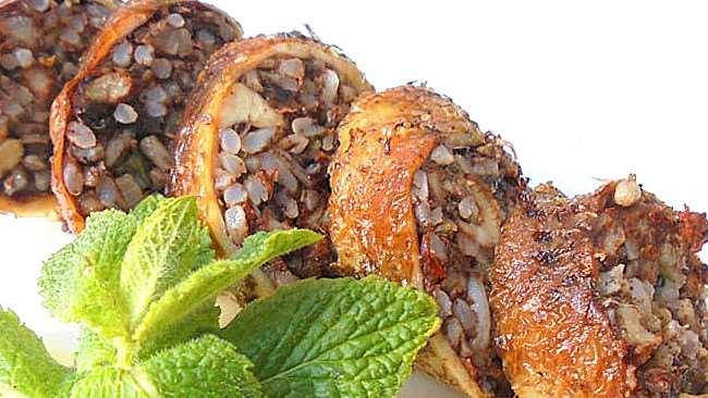 Lleve a su mesa uno de los platos más criollos, el cogote relleno | EL DEBER