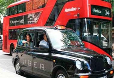 Uber puede seguir operando en Londres. Foto Internet