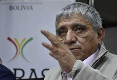 El ministro Arias se refiere al Decreto Supremo sobre ELFEC