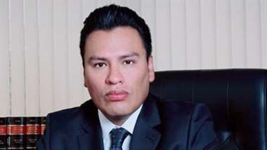El abogado es vocal de Sala Constitucional