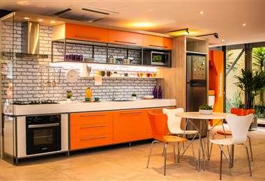 Cuenta con electrodomésticos para equipar tu cocina