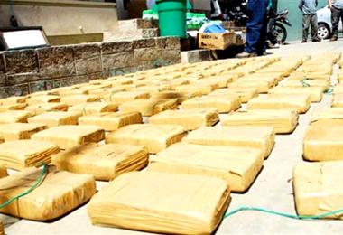 La cocaína estaba envuelta en paquetes tipo ladrillos. Foto. Internet