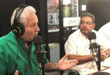 Costas en los estudios de EL DEBER Radio