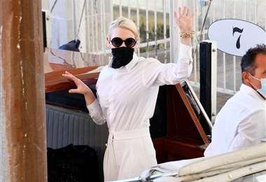 La actriz Cate Blanchett a su arribo al Festival de Cine de Venecia