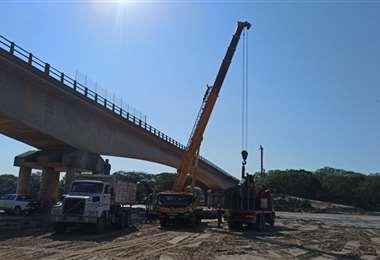 Los trabajos en el puente paralelo se retomaron hace un mes
