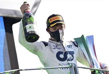 Pierre Gasly celebrando su histórico triunfo. Foto: AFP