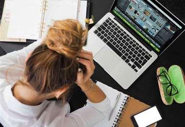 El tecnoestrés afecta la concentración y el rendimiento laboral