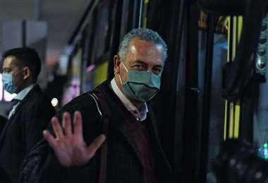 Gustavo Alfaro arribó el domigo por la noche a Quito. Foto: AFP