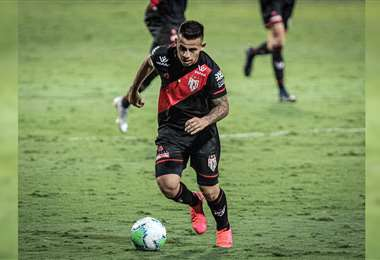 Vaca tuvo sus primeros minutos en el Brasileirao. Foto: Atlético Clube Goianiense
