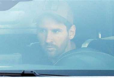Messi llegando al entrenamiento del Barcelona. Foto: Internet