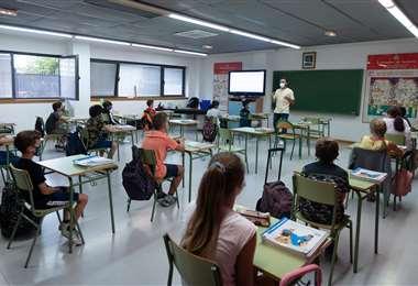 Polémica por el retorno a las aulas. Foto AFP