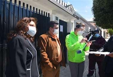 Blanco no pudo ingresar a las oficinas de la FBF en La Paz el 24/8. Foto: APG