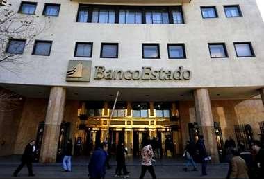 Sede central del Banco Estado en Santiago. Foto Internet