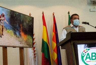 Áñez expuso que son cinco los municipios más afectados en Santa Cruz