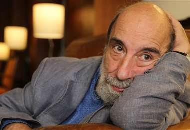El chileno Raúl Zurita recibirá más de 42.000 dólares como premio