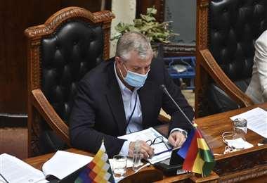 Marinkovic explica la necesidad del préstamo externo (Foto: Daniel Miranda APG Noticias)