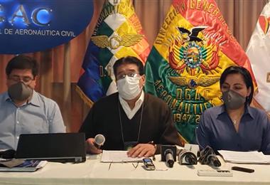 Conferencia de prensa de la DGAC. Foto. Internet