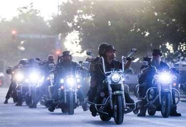 Un grupo de motociclistas participantes en el rally. Foto: AFP